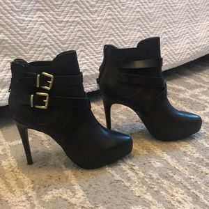 Charles David leather bootie heels NWOT